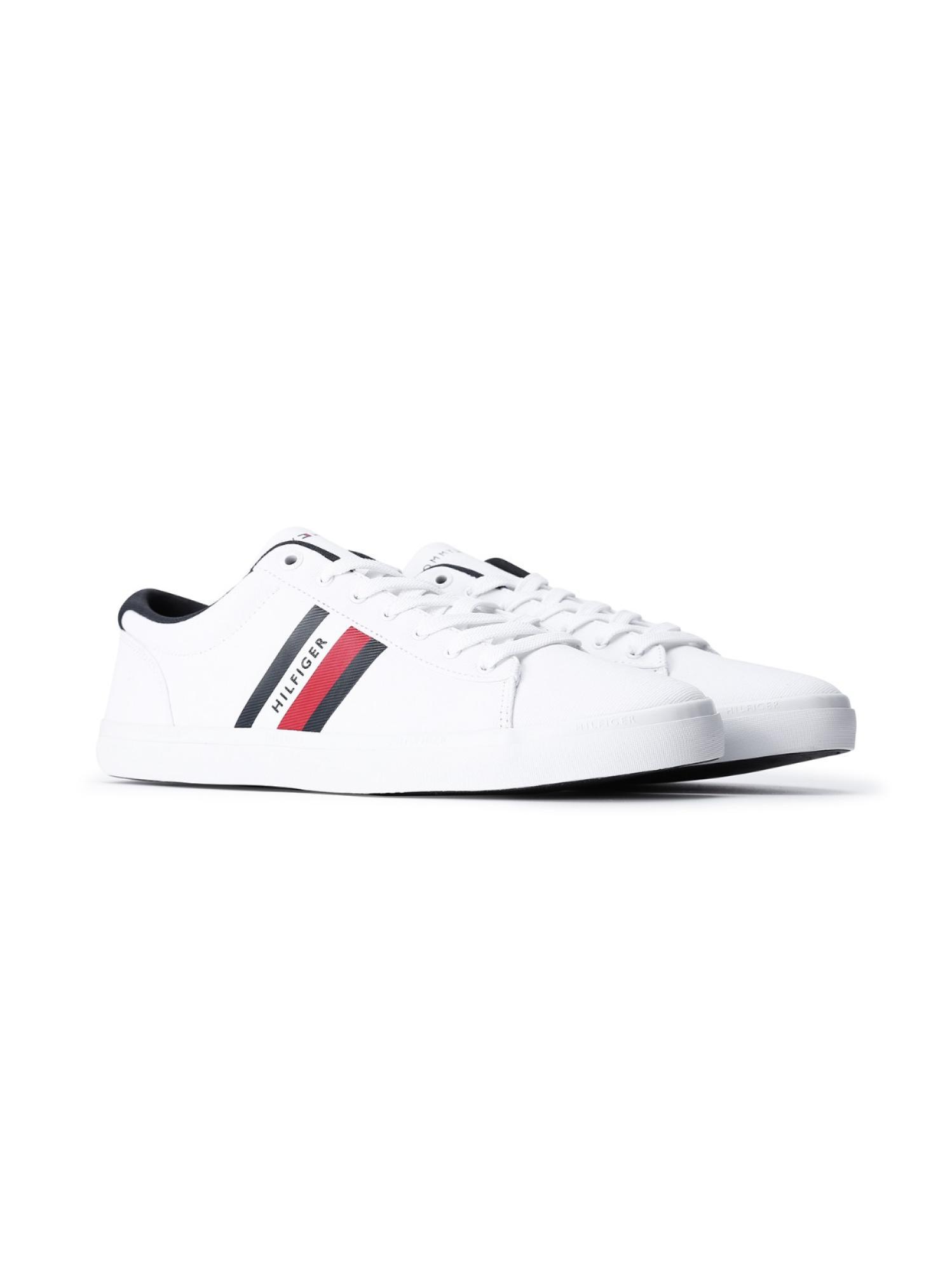 系带多色小白鞋